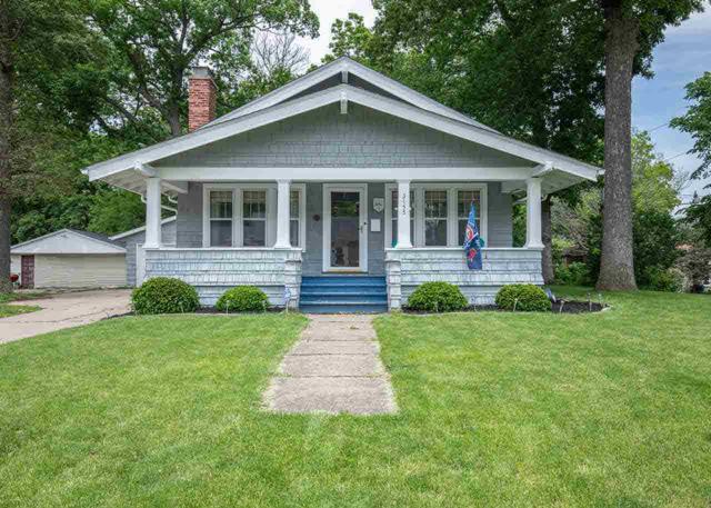 3155 18TH Avenue, Moline, IL 61265 (#QC4203720) :: Killebrew - Real Estate Group