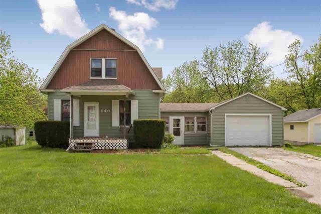 940 State, COLONA, IL 61241 (#QC4203883) :: Adam Merrick Real Estate