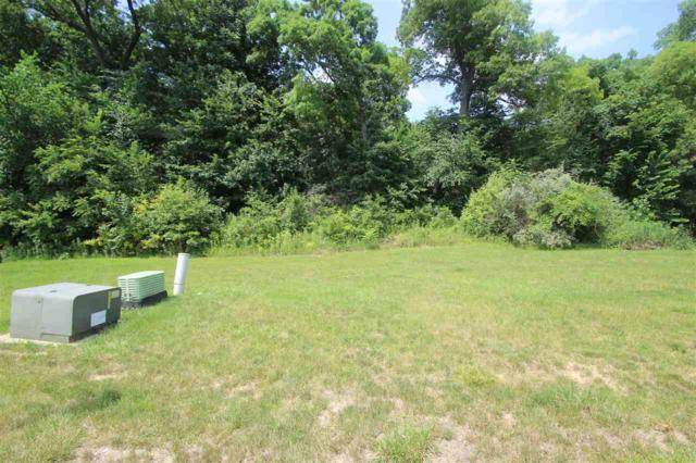 5727 W Woodbriar Lane, Peoria, IL 61615 (#1179146) :: Adam Merrick Real Estate