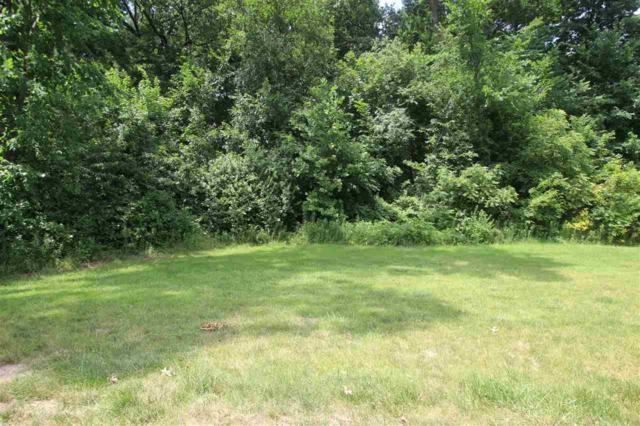 5735 W Woodbriar Lane, Peoria, IL 61615 (#1179150) :: Adam Merrick Real Estate