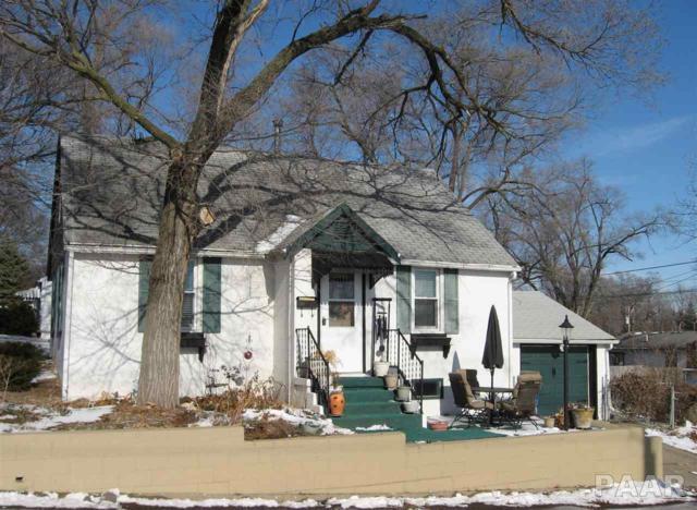 1422 Black, Pekin, IL 61554 (#1190540) :: Adam Merrick Real Estate