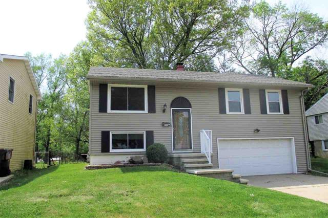 1729 Memorial, Pekin, IL 61554 (#1191815) :: Adam Merrick Real Estate