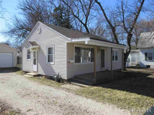 916 W Mcclure Avenue, Peoria, IL 61604 (#1191950) :: Adam Merrick Real Estate