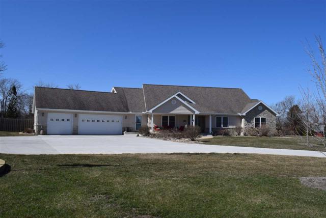 100 Cayman Lane, Washington, IL 61571 (#1193010) :: Adam Merrick Real Estate