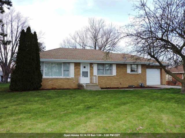 114 E St Marys Street, Princeville, IL 61559 (#1193602) :: Adam Merrick Real Estate