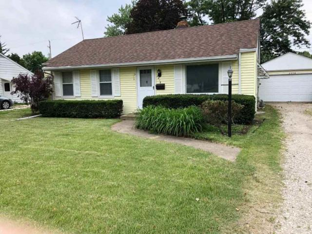 2218 W Gilbert Avenue, Peoria, IL 61604 (#1193821) :: Adam Merrick Real Estate