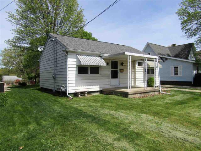 389 W Maple, Canton, IL 61520 (#1194261) :: Adam Merrick Real Estate