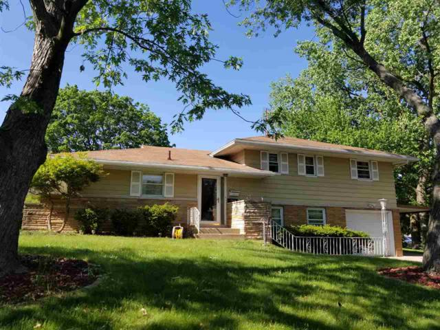 1615 Gaylord, Peoria, IL 61614 (#1194750) :: The Bryson Smith Team