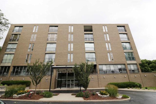 4444 N Knoxville Avenue #205, Peoria, IL 61614 (#1195887) :: Adam Merrick Real Estate