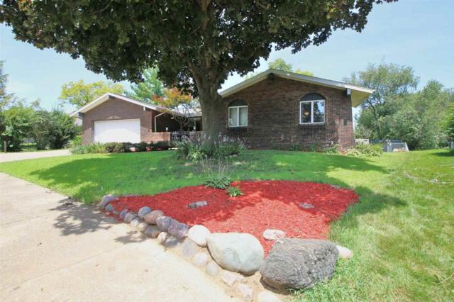 2108 Wildwood Drive, Pekin, IL 61554 (#1196485) :: Adam Merrick Real Estate