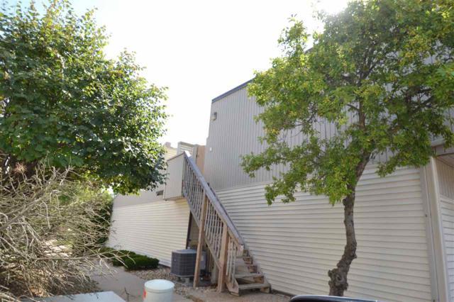6831 N Frostwood Drive, Peoria, IL 61615 (#1196710) :: Adam Merrick Real Estate