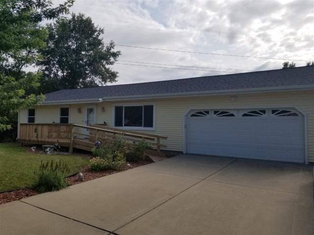 847 Heritage, Mackinaw, IL 61755 (#1197564) :: Adam Merrick Real Estate