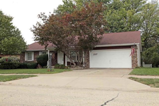 237 S Nebraska Avenue, Morton, IL 61550 (#1197764) :: Adam Merrick Real Estate