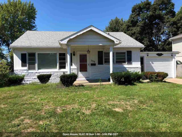 306 S Juliana Street, Mackinaw, IL 61755 (#1198241) :: Adam Merrick Real Estate