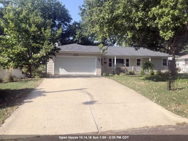 2917 W Greenbrier Lane, Peoria, IL 61614 (#1198454) :: Adam Merrick Real Estate