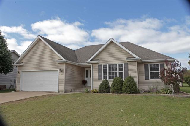 105 Stone Creek Court, East Peoria, IL 61611 (#1198947) :: Adam Merrick Real Estate
