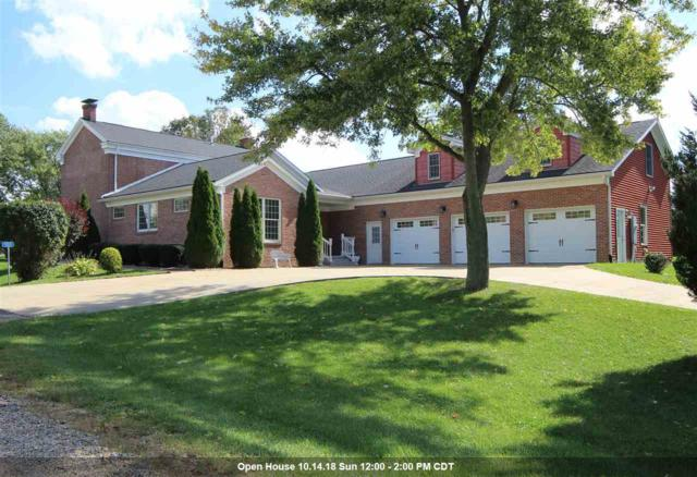 555 Santa Fe Trail, Metamora, IL 61548 (#1198979) :: RE/MAX Preferred Choice