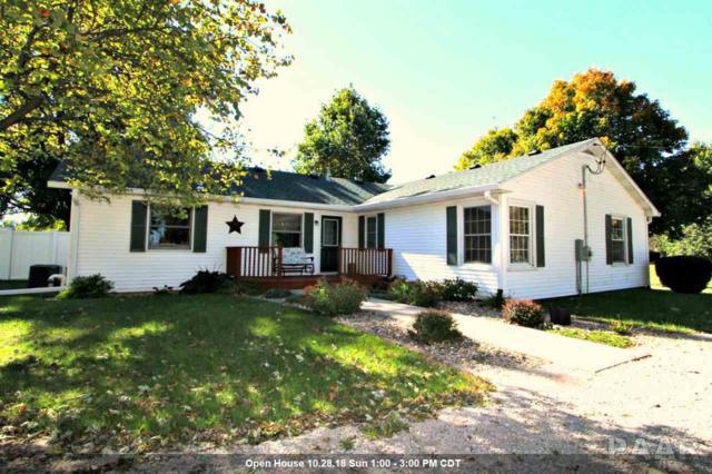 207 N Locust Street, Delavan, IL 61734 (#1199177) :: Adam Merrick Real Estate