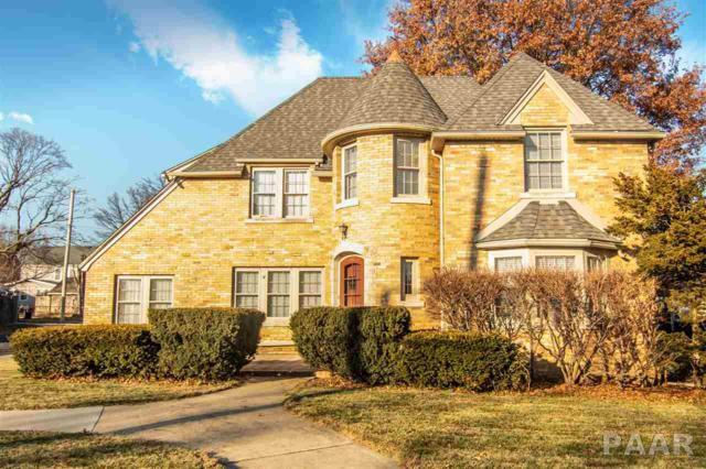 517 W Corrington Avenue, Peoria, IL 61604 (#1200103) :: Adam Merrick Real Estate