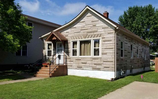 712 Park Place, Clinton, IA 52732 (#QC1020) :: Killebrew - Real Estate Group