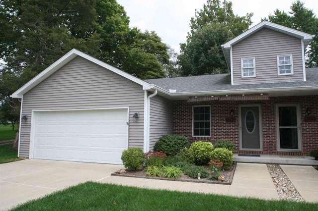 112 N Juliana Street, Mackinaw, IL 61755 (#PA1209523) :: Adam Merrick Real Estate