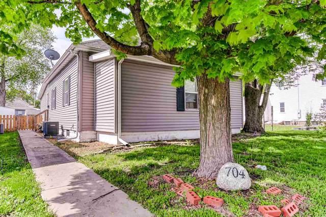 704 W Vandeveer Street, Taylorville, IL 62568 (#CA1006896) :: RE/MAX Professionals