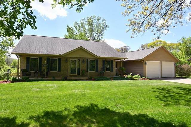 20503 Glenwood Road, Coal Valley, IL 61240 (#QC4221360) :: RE/MAX Preferred Choice