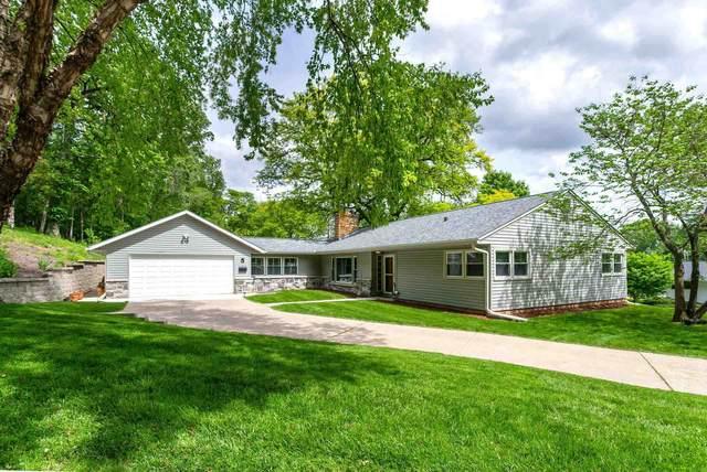 5 Riverview Park, Bettendorf, IA 52722 (#QC4221672) :: RE/MAX Professionals