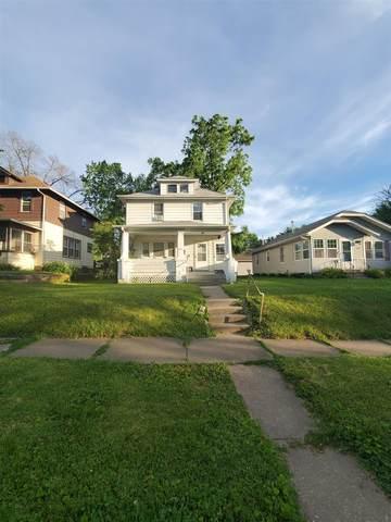 826 20TH Avenue, Moline, IL 61265 (#QC4221966) :: RE/MAX Preferred Choice