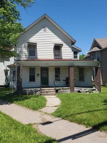 2301 6TH Avenue, Moline, IL 61265 (#QC4221967) :: The Bryson Smith Team