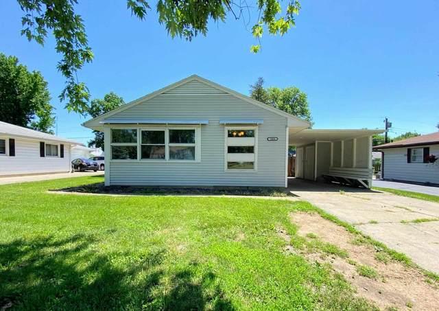 1404 Hardin Avenue, Jacksonville, IL 62650 (#CA1007811) :: Kathy Garst Sales Team