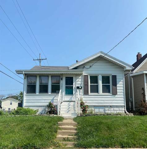 1201 E Hines Avenue, Peoria Heights, IL 61616 (#PA1226826) :: RE/MAX Preferred Choice