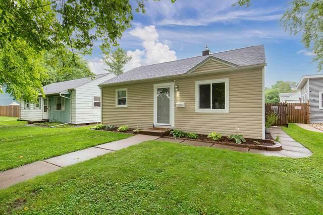 2049 35TH Street, Rock Island, IL 61201 (#QC4224115) :: RE/MAX Preferred Choice