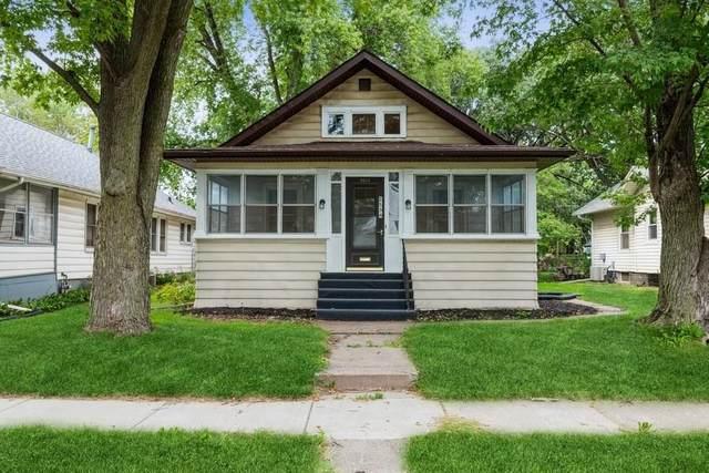 2534 Boies Avenue, Davenport, IA 52802 (#QC4226471) :: Paramount Homes QC