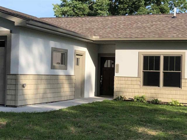 417 4TH Street, Camanche, IA 52730 (#QC4186438) :: Adam Merrick Real Estate
