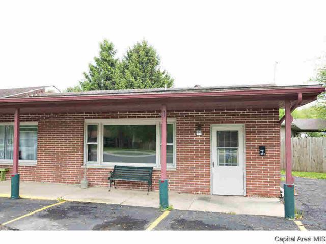 602 E Walnut, Chatham, IL 62629 (#CA174795) :: Adam Merrick Real Estate