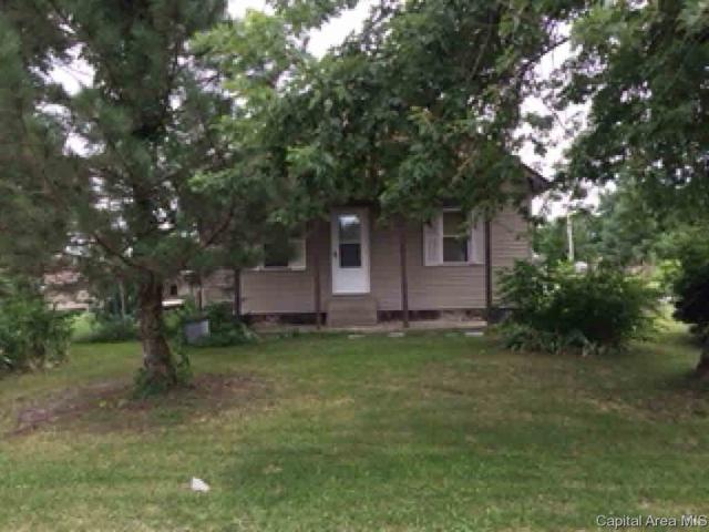 950 W Broadway, Virden, IL 62690 (#CA184924) :: Adam Merrick Real Estate