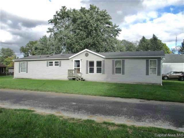 720 North St, Chapin, IL 62628 (#CA186677) :: Adam Merrick Real Estate