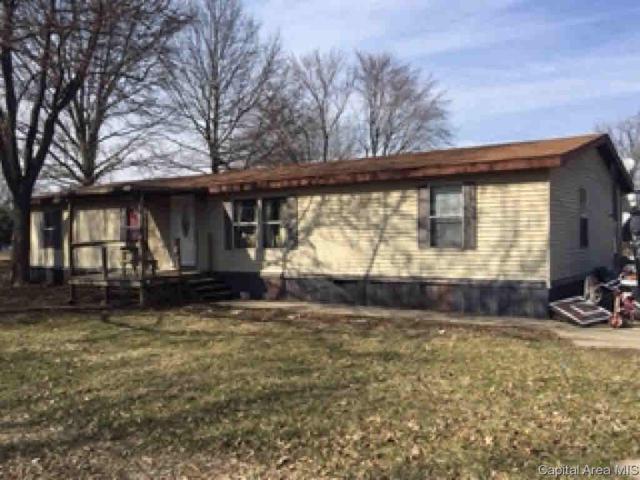 1042 E Morton, Jacksonville, IL 62650 (#CA191999) :: Adam Merrick Real Estate