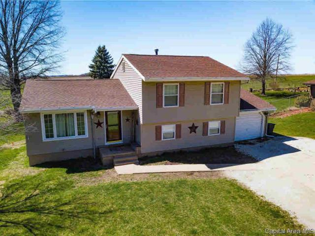 210 Brookview Dr, Abingdon, IL 61410 (#CA192201) :: Adam Merrick Real Estate