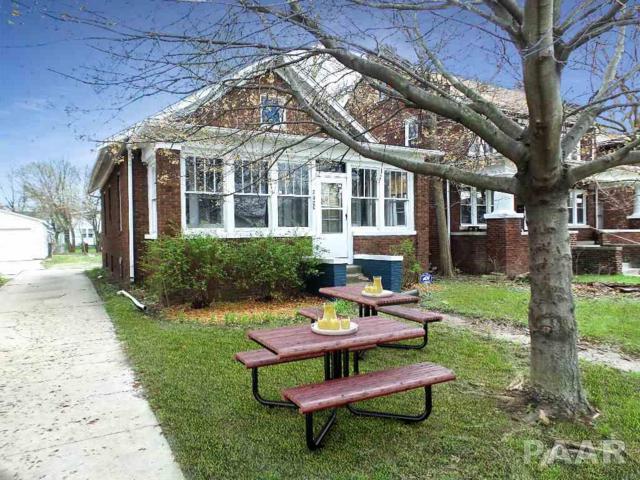 2020 N Sheridan Road, Peoria, IL 61604 (#1182698) :: Adam Merrick Real Estate