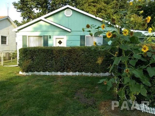 1122 S Illinois Street, Lewistown, IL 61542 (#1189464) :: Adam Merrick Real Estate