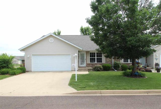 200 Marvin Court, Germantown Hills, IL 61548 (#1190138) :: Adam Merrick Real Estate