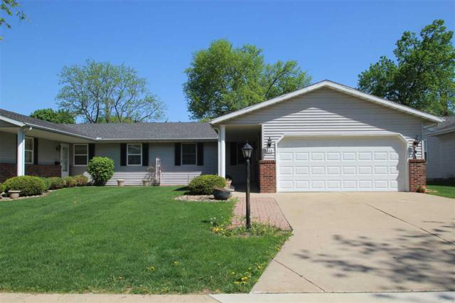 838 N Main Street, Washington, IL 61571 (#1190834) :: Adam Merrick Real Estate