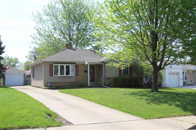 4130 N Devon Lane, Peoria, IL 61614 (#1191019) :: Adam Merrick Real Estate