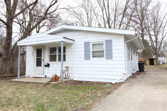 1414 E Fairoaks Avenue, Peoria, IL 61603 (#1192748) :: Adam Merrick Real Estate
