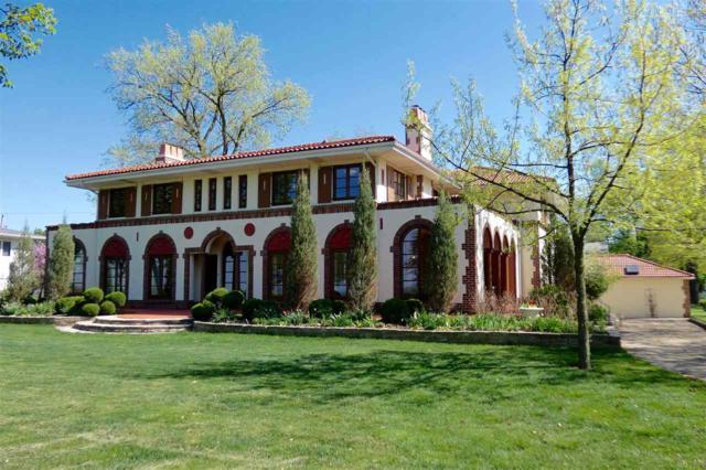 4955 N Grandview Drive, Peoria Heights, IL 61616 (#1193567) :: Adam Merrick Real Estate