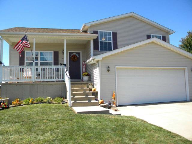 1821 Parkfield Drive, Pekin, IL 61554 (#1194113) :: Adam Merrick Real Estate