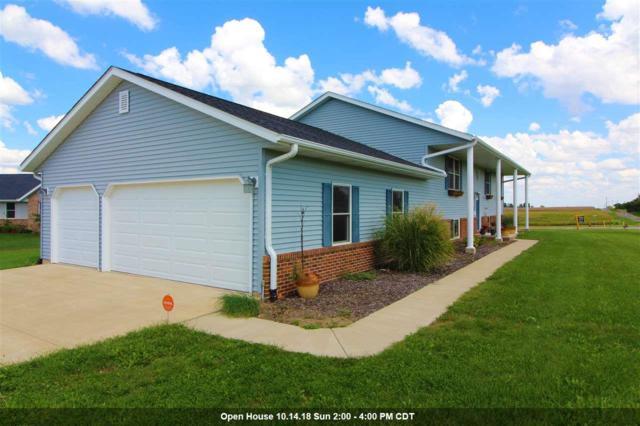 101 University, Eureka, IL 61530 (#1197932) :: Adam Merrick Real Estate