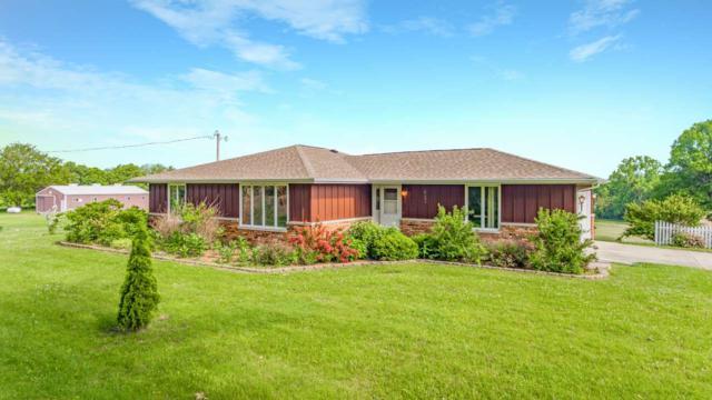 29854 E Hoffman Road, Mackinaw, IL 61755 (#PA1204942) :: Adam Merrick Real Estate